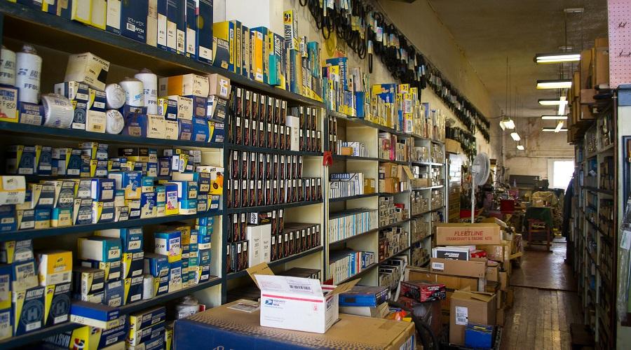 فروشگاه لوازم یدکی بی ام و در تهران
